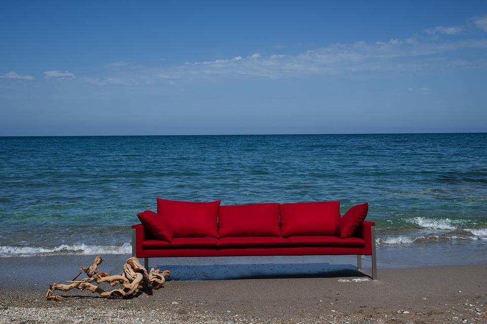 Scegli i mobili perfetti per la tua casa vacanza